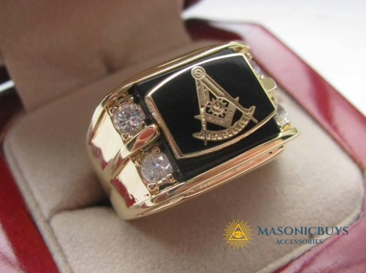 1eb09dfdc0f93 Classical Vintage 18K Gold Plated Masonic Ring