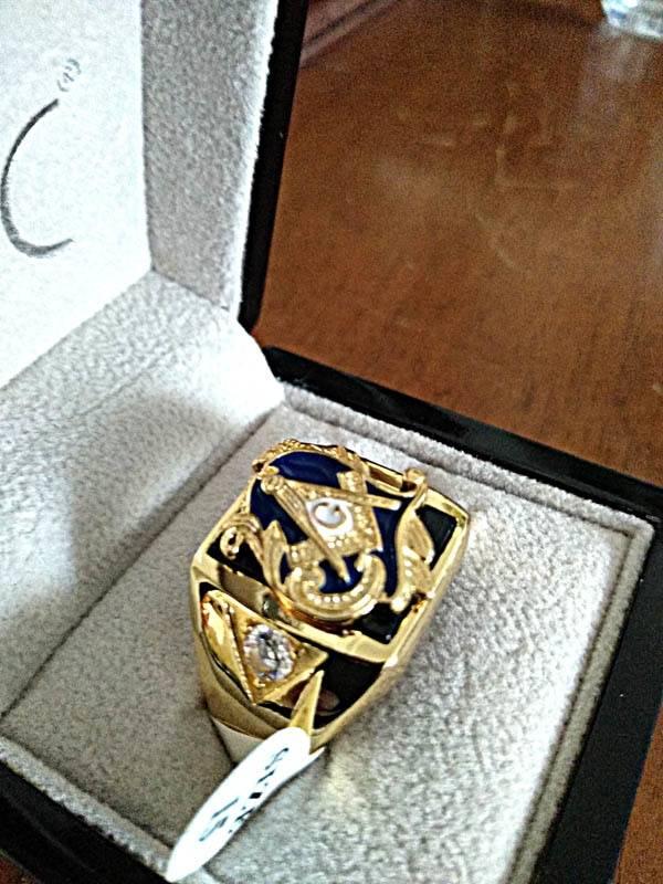 e43f4363186e8 18K Gold Plated Religious Masonic Ring