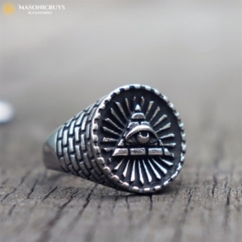 Signet Masonic Ring With Beautiful Eye of Providence Symbol