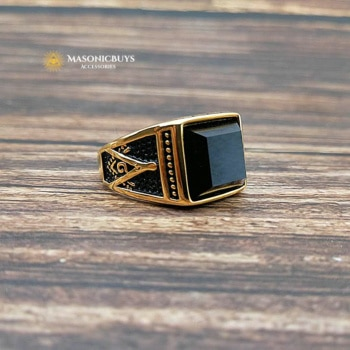 Classic Vintage Masonic Ring With Large Black Stone